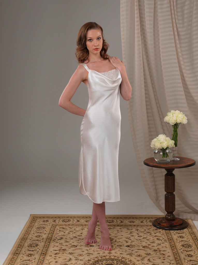 Venus Nightgown
