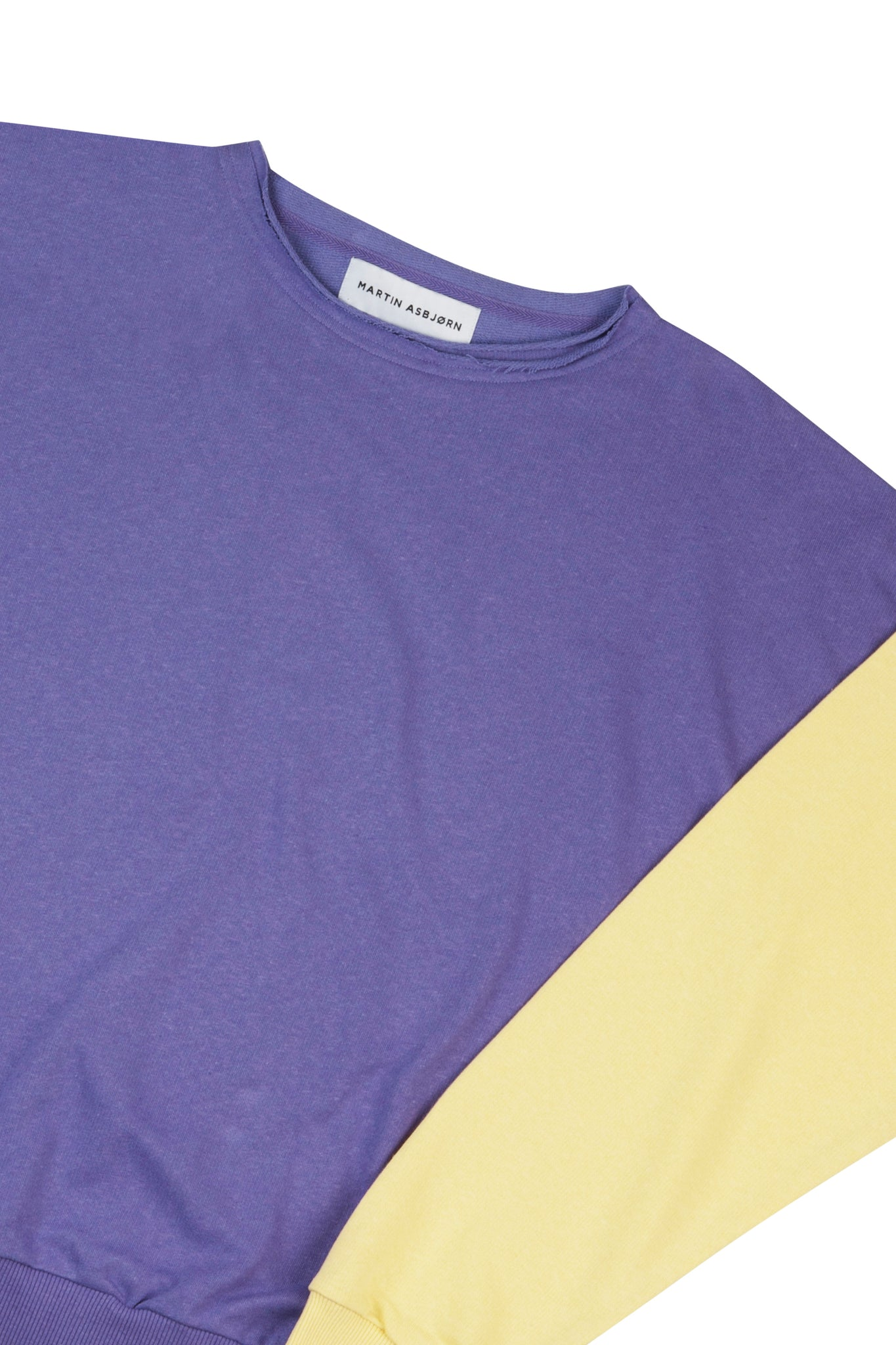 Julian Oversized Jersey Sweatshirt in Lilac/Banana Yellow form Danish Menswear Designer Martin Asbjørn