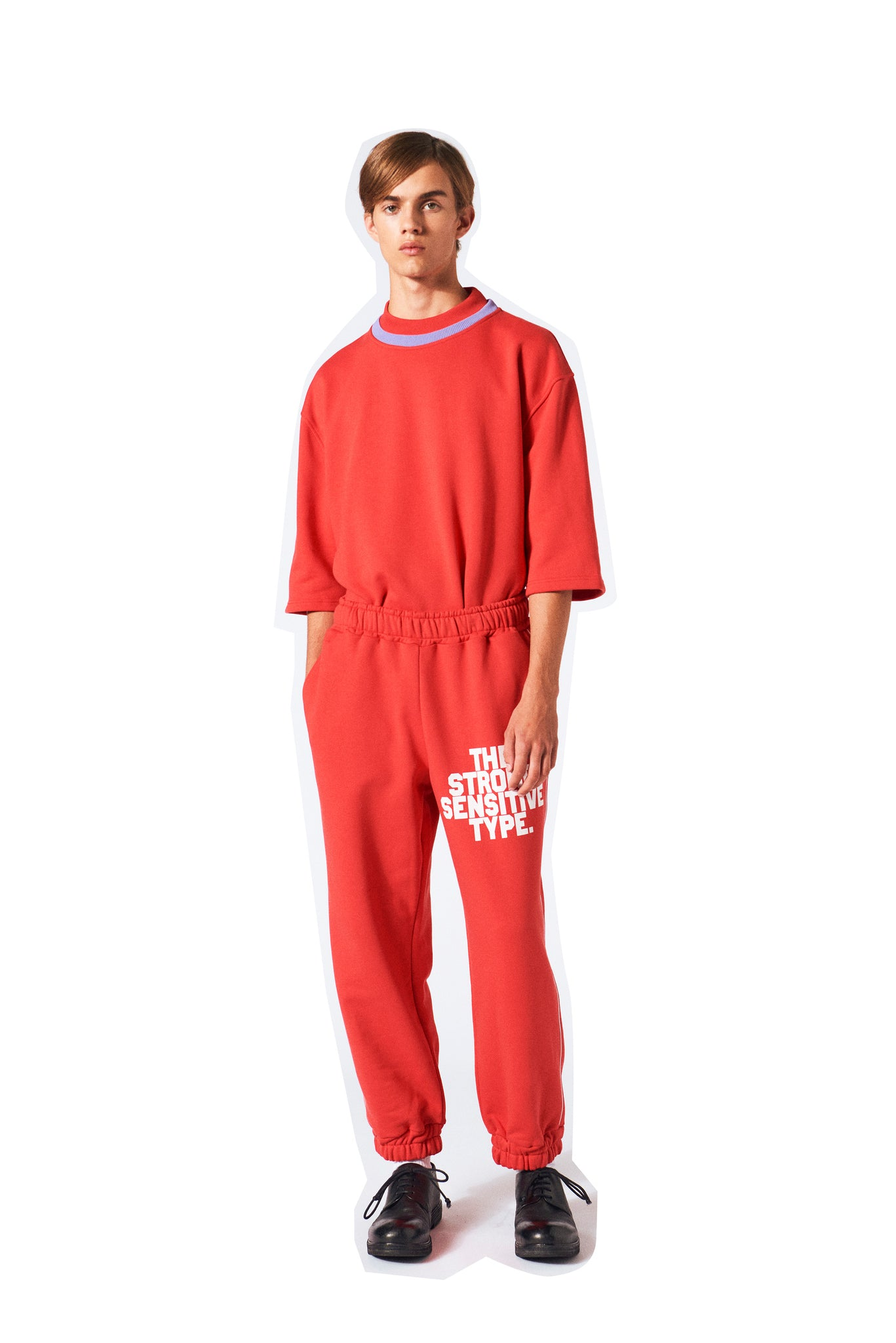 Martin Asbjørn sweat pants in red the strong sensitive type