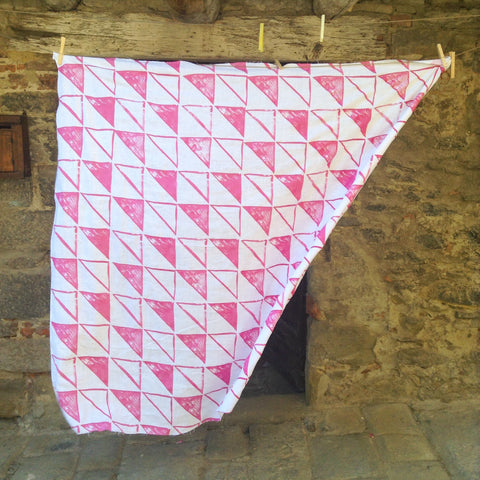 Triangles Tablecloth--Pink
