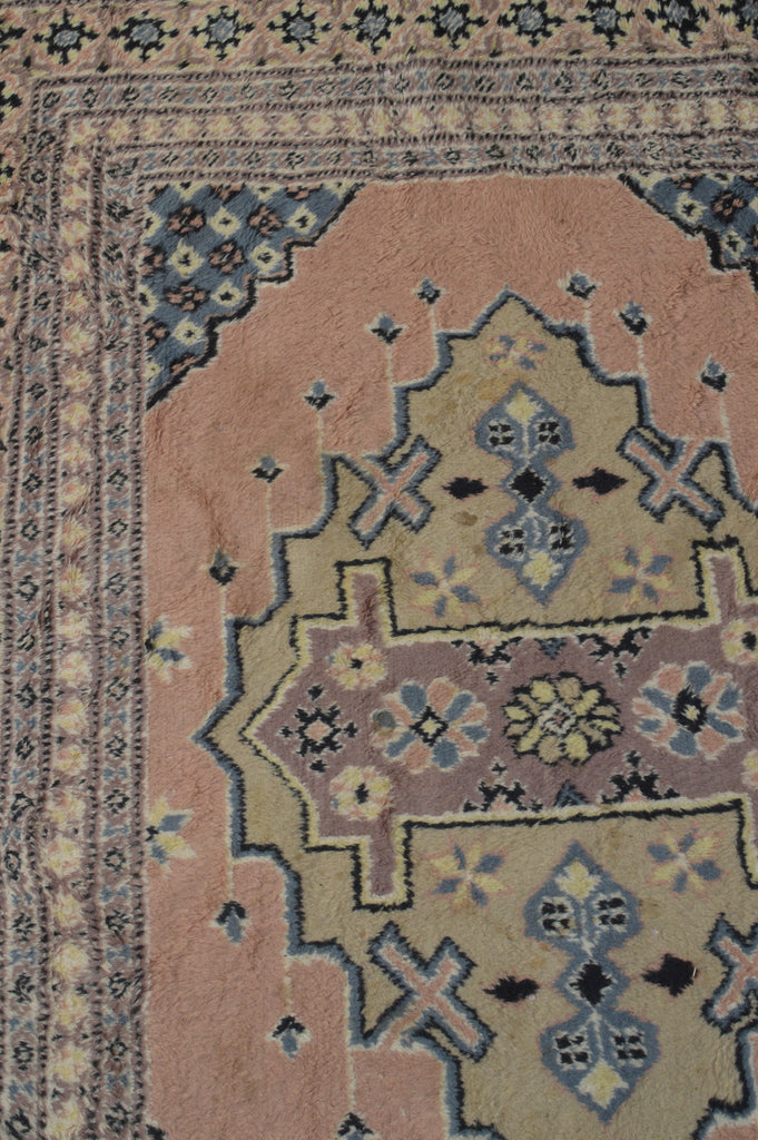 Simple Kazakh Style Vintage Rug In A Large Size With Pink And Grey Design  On Oates