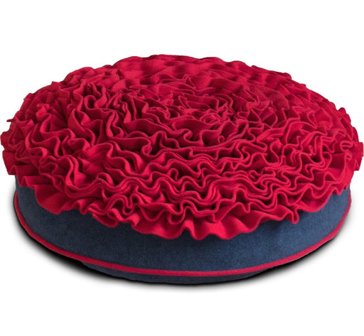 Lounge Rose Pet Bed (Red/Graphite)