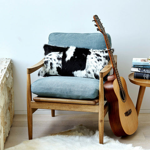 cowhide-panel-pillow-natural