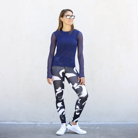 High Rise Legging in Black & White Paintbrush