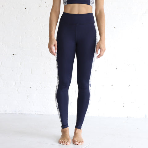 High Rise Legging in Navy & White Floral