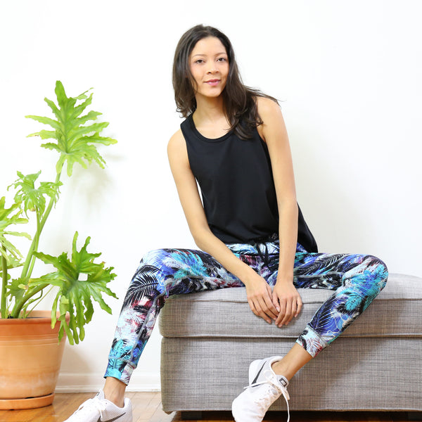 Cortelyou Jogger Pant in Palms at Dusk Print