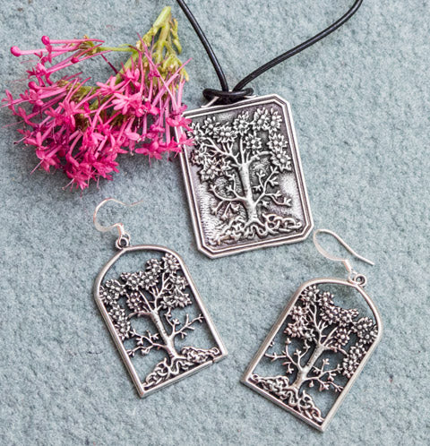 Wisdom Tree Jewelry Set