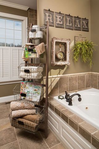 ladder-decor-bathroom
