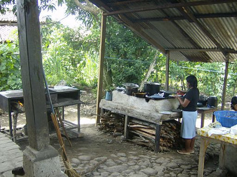 traditional-outdoor-kitchen-honduras