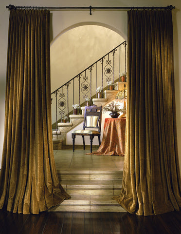 mediterranean-staircase-curtains
