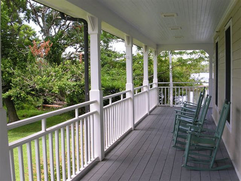 chairs-front-porch