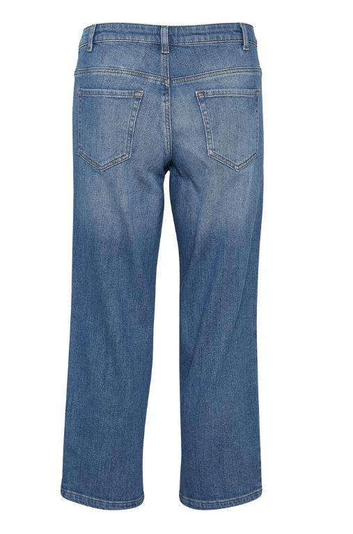 Kaffe med blue denim cropped jeans