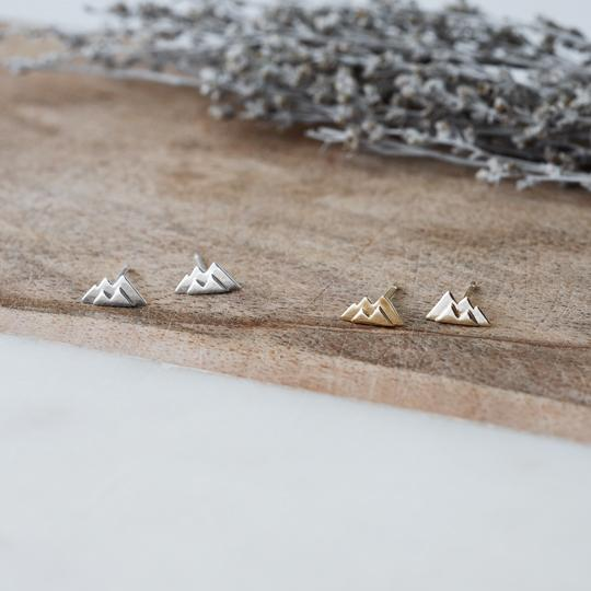 Small Mountain Studs - silver