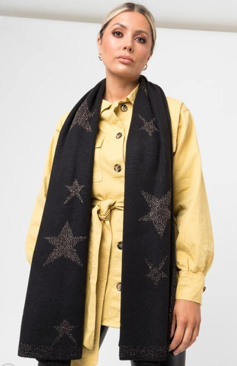 Black knit star scarf