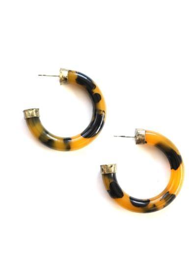 Acrylic hoop earrings - mustard