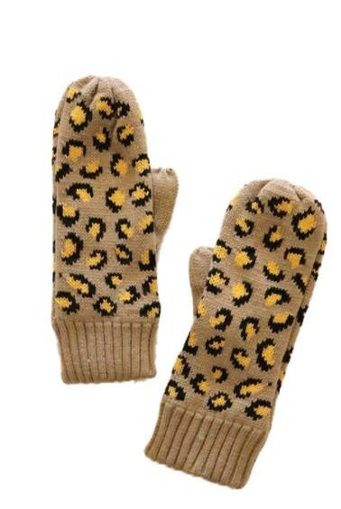 Beige and mustard leopard mittens with fleece lining