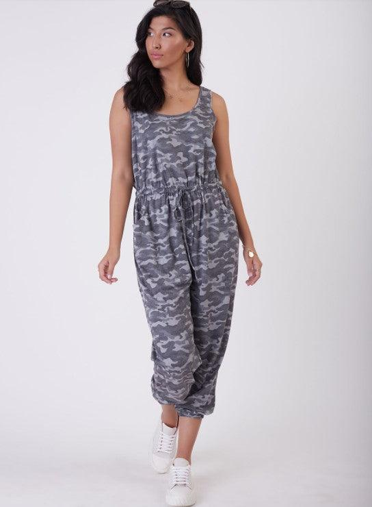 Dex sleeveless printed jumpsuit - grey camo