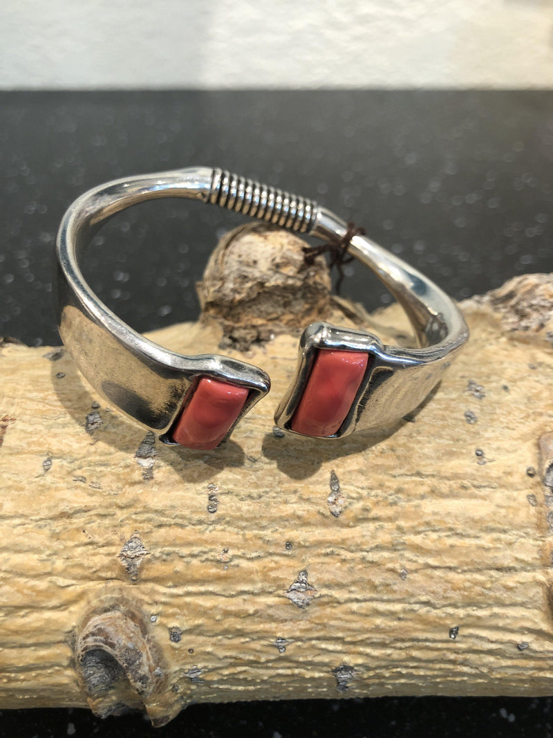 Ciclon Silver bangle charm bracelet with a coral Murano crystal