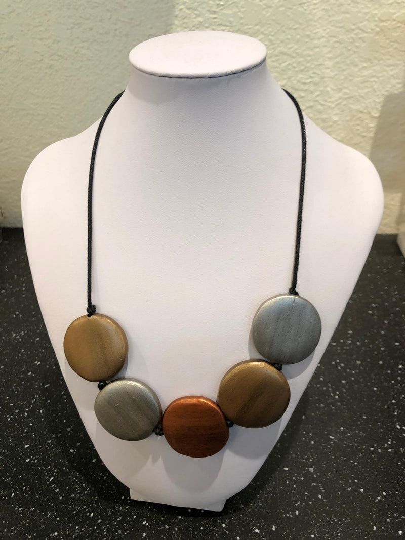 Multi color disc wood necklace adjustable