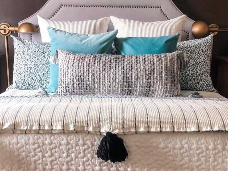 15 Blanket Styling Inspirations for Your Bedroom