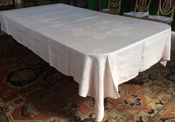 Table Cloth:  Faded Pink Damask