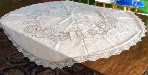 Circular Cloth:  White Embroidered Linen with Lace Insets and Lace Edging