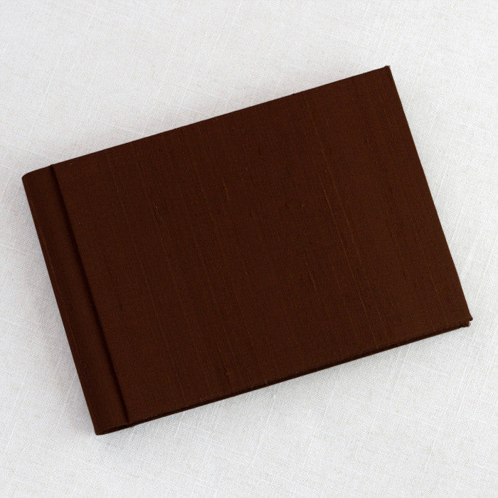 Brag Book Basic Brown