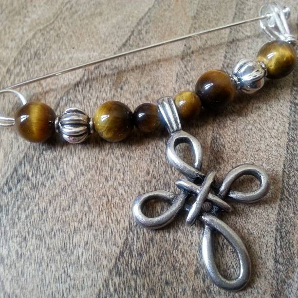 Tiger Eye & Pewter Celtic Cross Shawl Pin