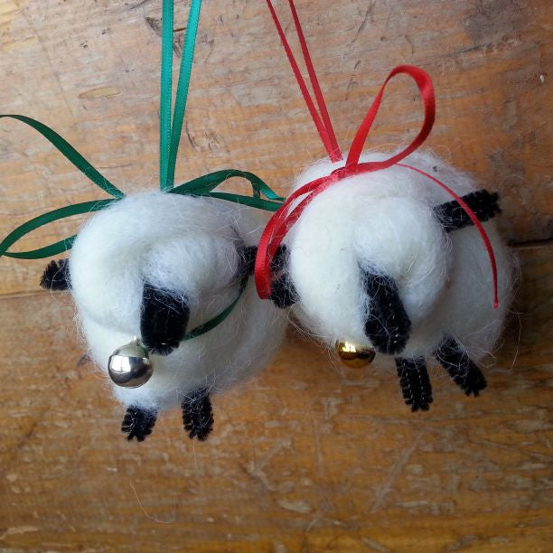Handmade Sheep Ornaments, Colorado Homegrown Wool