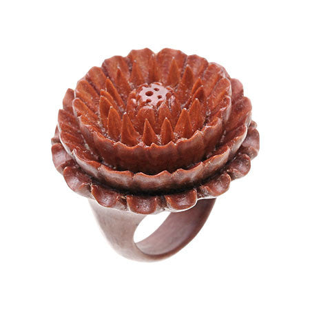 Chrysanthemum Ring (L)