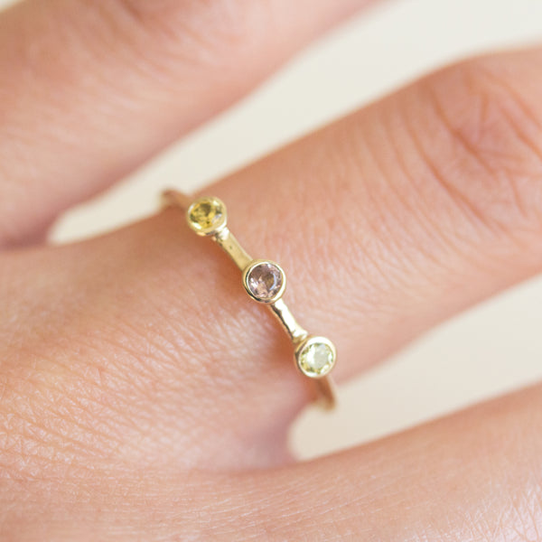 Dot Dot Dot Ring - Size 6