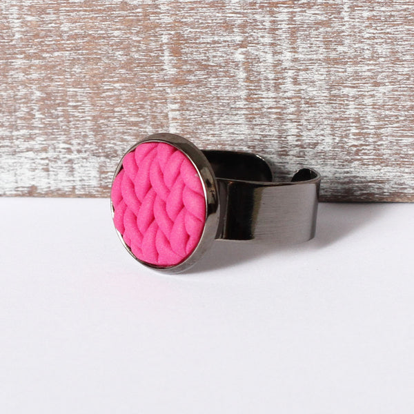 Fuchsia knitted clay ring