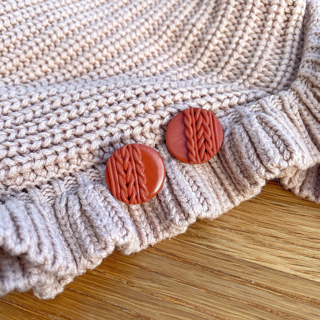 Knitted statement stud - Terracotta