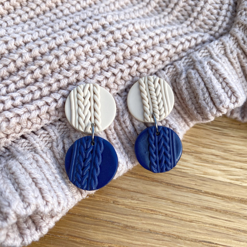 Knitted statement double disk earring - Navy