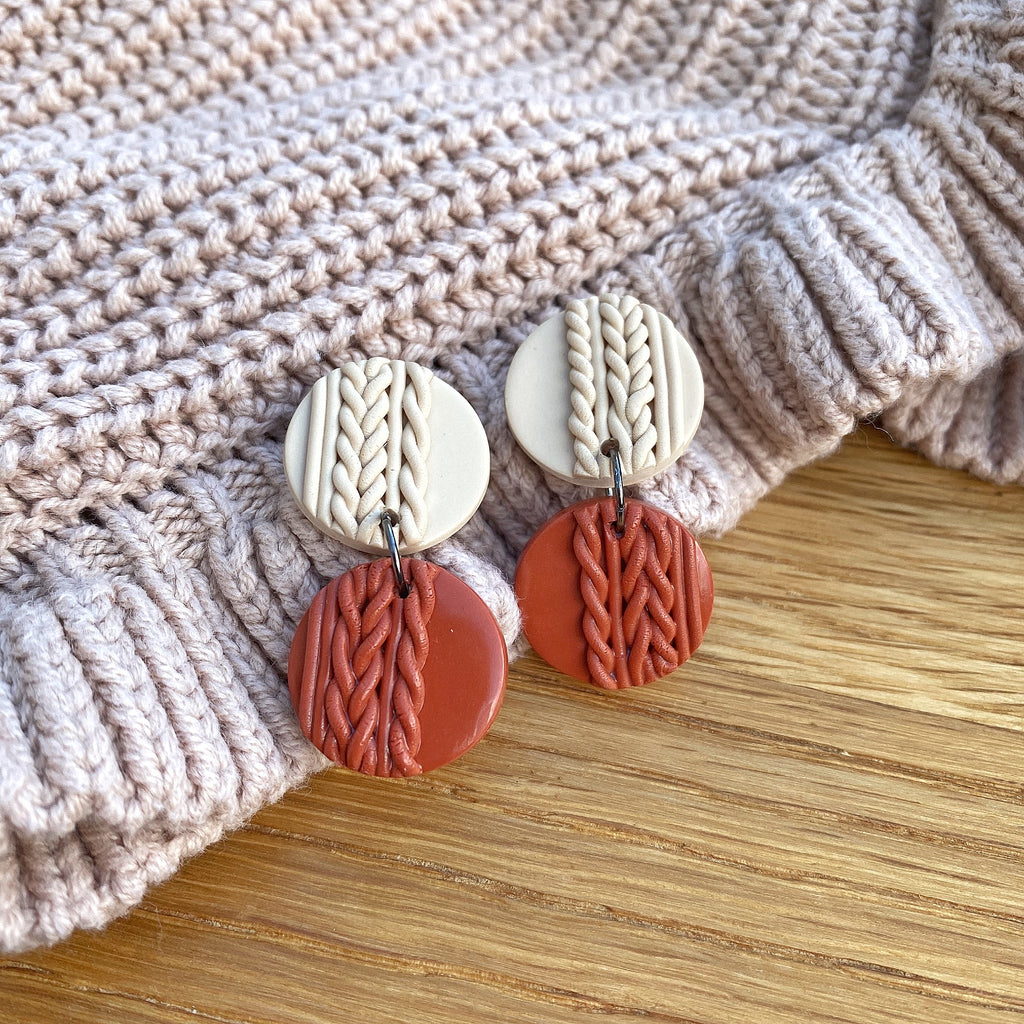 Knitted statement double disk earrings - Terracotta