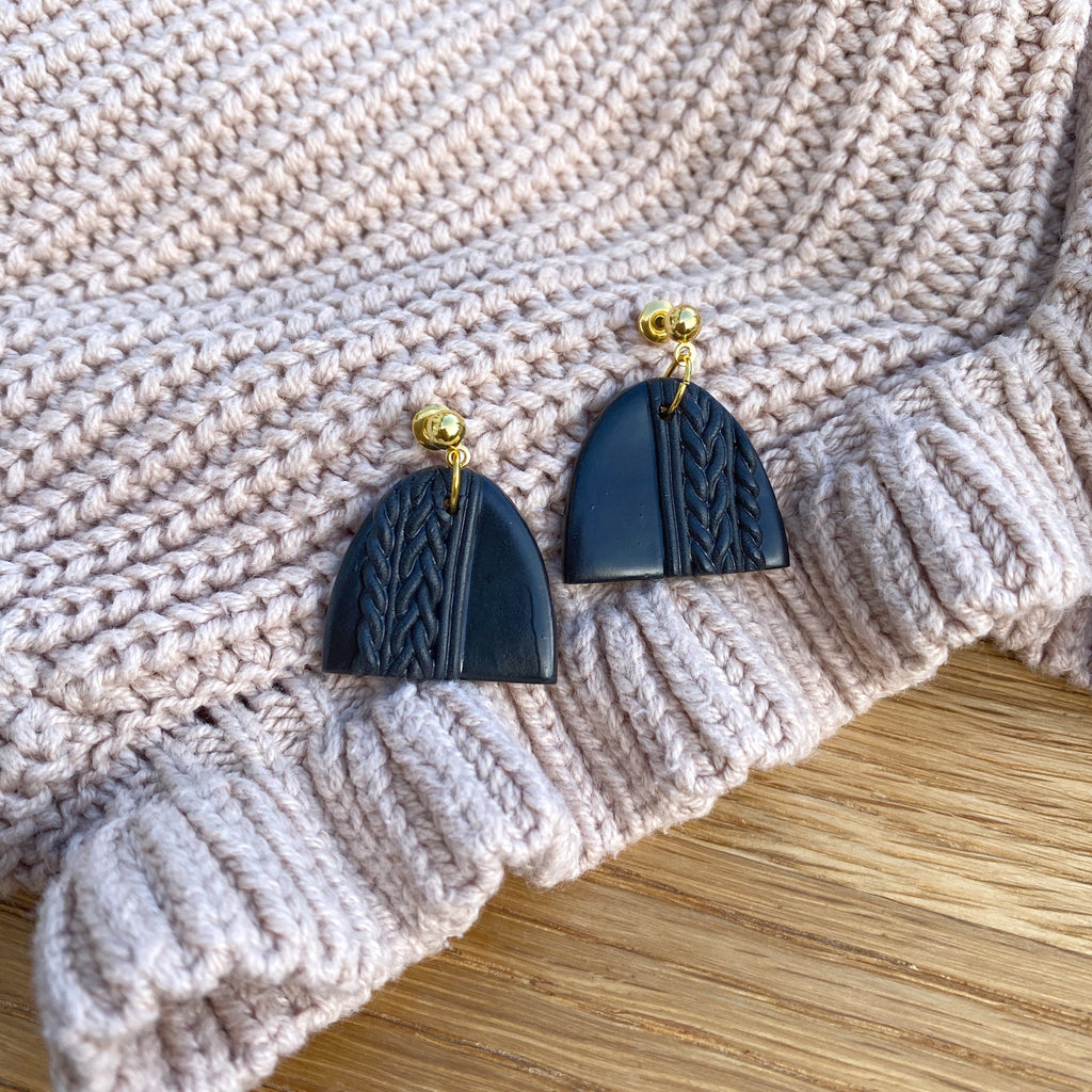 Knitted statement arch drop earring (gold or silver stud) - Black