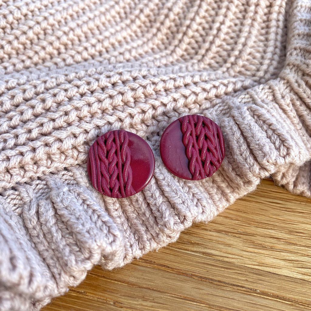 Knitted statement stud - Burgundy