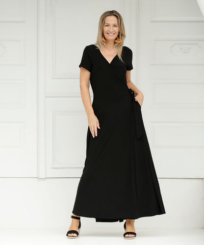 maxi length wrap dress with short sleeves in black colour