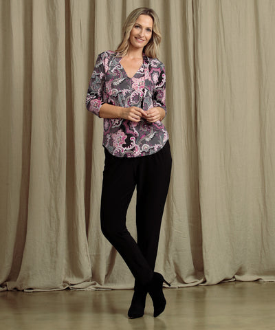 comfortable tailored black pant with pockets and soft waistband