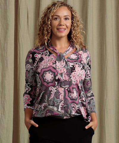 printed tailored top with neck ties and 3/4 length sleeves