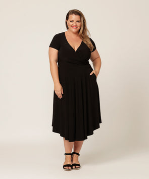 v-neck short sleeve fit and flare black dress with pockets