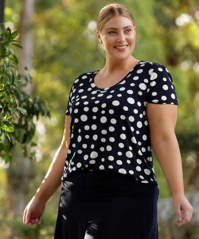 short sleeve summer top in navy and white spots