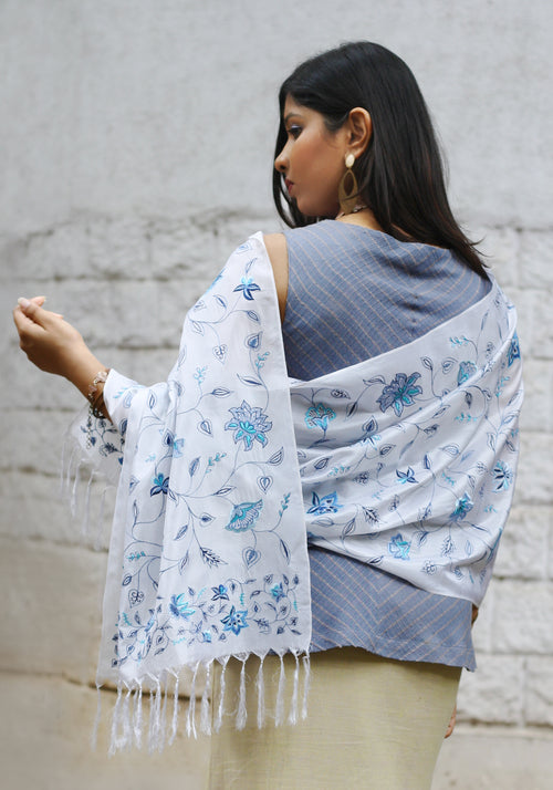 Embroidered Scarf in White Silk