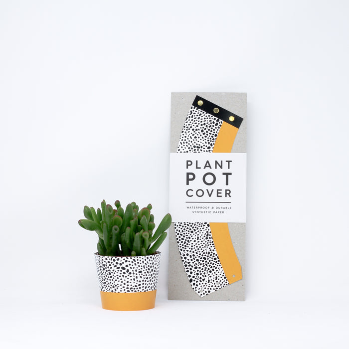 Medium 'Spores' plant pot cover by Studio Wald.