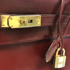 HERMES • Kelly 32 • Burgundy
