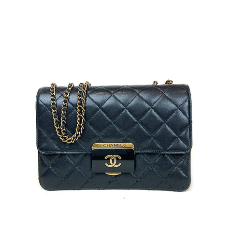 CHANEL • Flap Bag Large •  Black