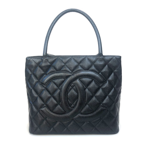 CHANEL • Medaillon bag • Black