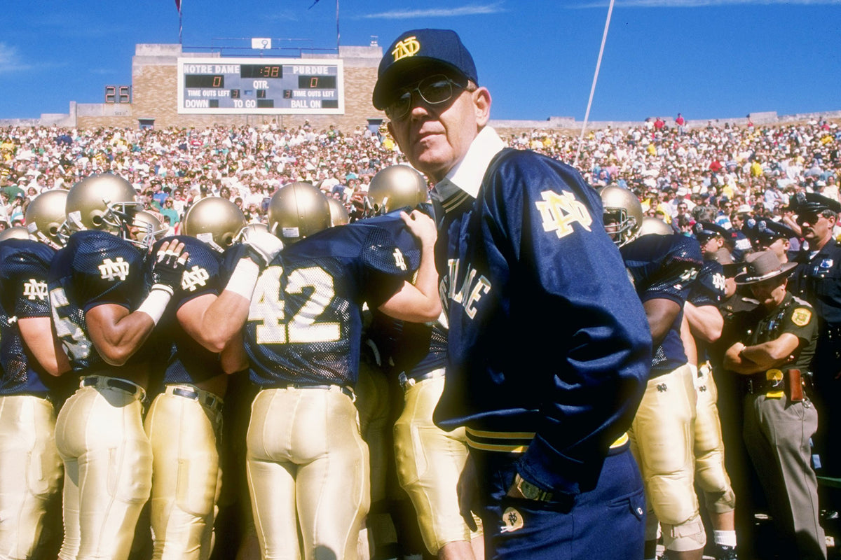 Episode #003: Lou Holtz