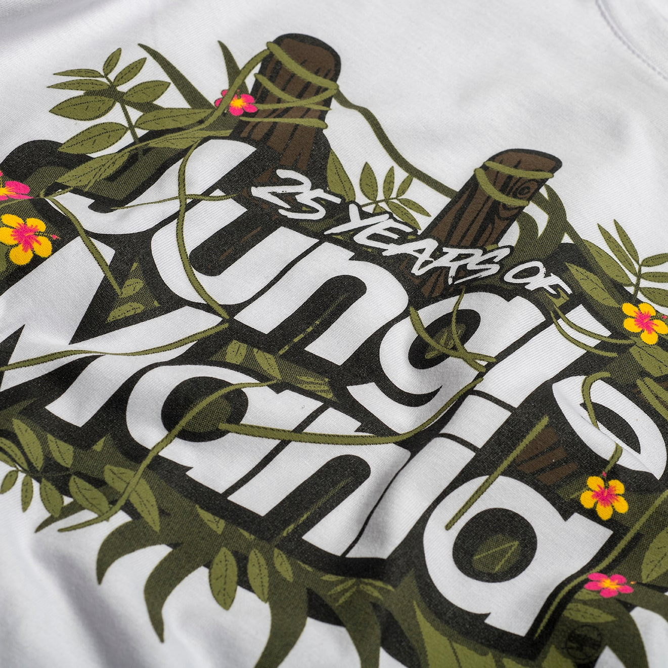Jungle Mania T-Shirt print close up