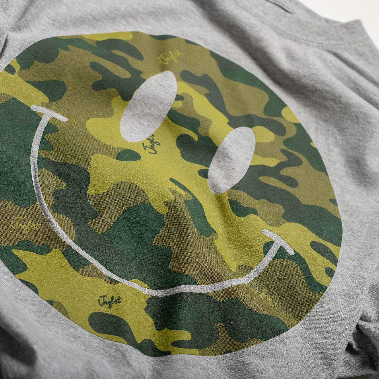 Camo Raver Smiley T-Shirt Close up